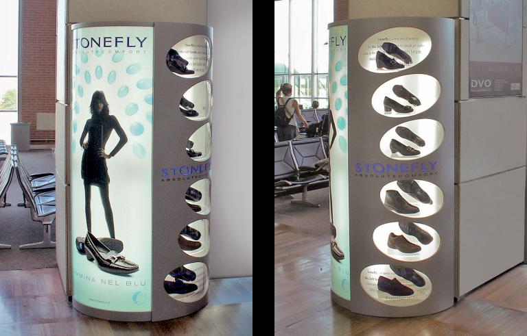Stonefly corner con illuminazione interna, materiali: legno, metallo e plexiglass.
