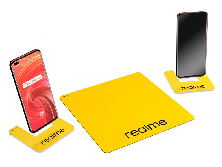 Realme Display Banco, materiali: plexiglass, polipropilene